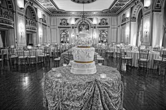 Wedding Cake at Colony Club