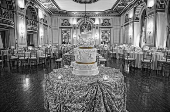 Wedding Cake at Colony Club
