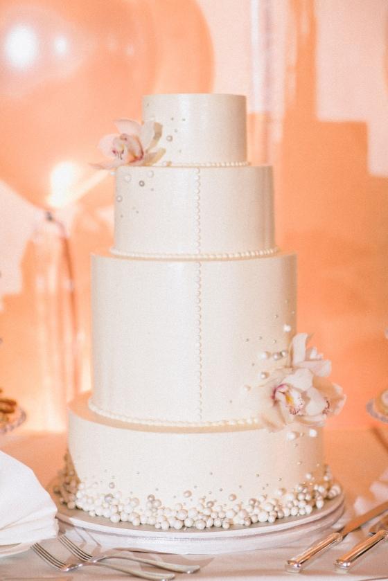 Wedding Cake by Sweet Heather Anne